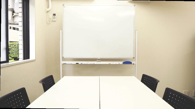 越智対人コミュニケーションデザイン事務所 オフィス内